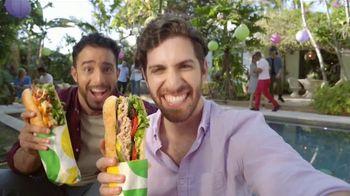 Subway TV Spot, 'Compra un Footlong y llévate otro gratis' [Spanish] - Thumbnail 7