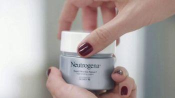 Neutrogena Rapid Wrinkle Repair TV Spot, 'Who Has Time For Wrinkles?' Featuring Jennifer Garner - Thumbnail 3