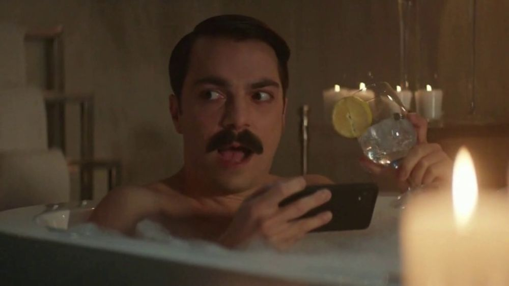 Quibi TV Commercial, 'Tub Time' Featuring Kirby Jenner