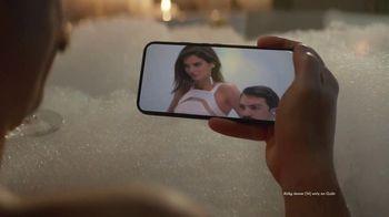 Quibi TV Spot, 'Tub Time' Featuring Kirby Jenner - Thumbnail 6
