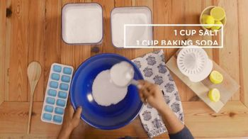 O-Cedar TV Spot, 'DIY Network: Make Your Own Cleaning Products' - Thumbnail 5