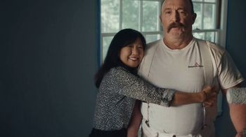 Benjamin Moore TV Spot, 'See the Love: He Loves This' - Thumbnail 8