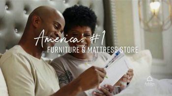 Ashley HomeStore 75th Anniversary Mattress Sale TV Spot, 'King for a Twin: Zero Interest' - Thumbnail 9