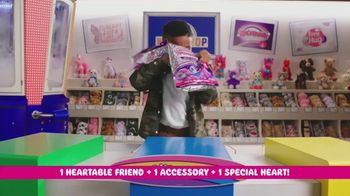 Build-A-Bear Workshop Heartables TV Spot, 'Which One Will You Get?' - Thumbnail 5