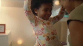 Mattress Firm Foster Kids TV Spot, 'Pijamas' [Spanish] - Thumbnail 3