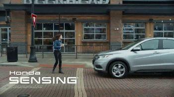2020 Honda HR-V TV Spot, 'Jim and Kelly's Road Trip' [T2] - Thumbnail 6