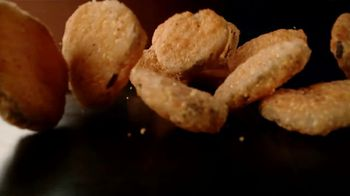 Zaxby's Fried Pickles TV Spot, 'Concrete' - Thumbnail 7