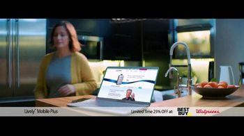 GreatCall Lively Mobile Plus TV Spot, 'Spring Savings Offer: Dancing: Mom Is 81' - Thumbnail 1