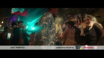 GreatCall Lively Mobile Plus TV Spot, 'Spring Savings Offer: Dancing: Mom Is 81' - Thumbnail 3