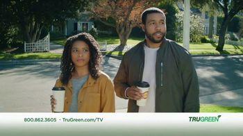 TruGreen TV Spot, 'Aliens: 50 Percent Off First Service' - Thumbnail 3