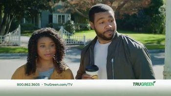 TruGreen TV Spot, 'Aliens: 50 Percent Off First Service' - Thumbnail 9
