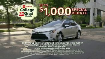 Toyota College Grad Rebate TV Spot, 'It's Graduation Time' [T2] - Thumbnail 5