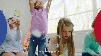 Rooms to Go Kids Venta de Aniversario TV Spot, 'Cama Twin' canción de Junior Senior [Spanish] - Thumbnail 7