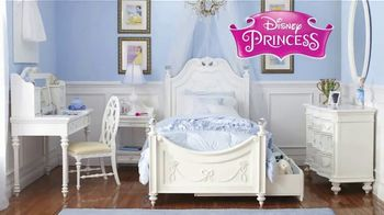 Rooms to Go Kids Anniversary Sale TV Spot, 'Disney Princess Bedroom' Song by Junior Senior - Thumbnail 4
