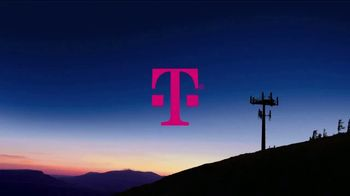 T-Mobile TV Spot, 'Nuestra señal de 600 MHz' canción de George Michael [Spanish] - Thumbnail 1