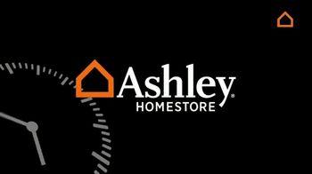 Ashley HomeStore Black Friday Now! TV Spot, 'We Dare You' - Thumbnail 4