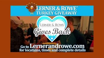Lerner and Rowe Injury Attorneys TV Spot, 'Thanksgiving Turkey Giveaway' - Thumbnail 3