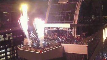 Google Pixel 4 TV Spot, 'Univision: A Motion Sense Experiment With Karol G and DJ Felo' [Spanish] - Thumbnail 7
