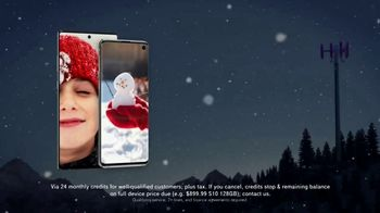 T-Mobile TV Spot, 'Holidays: Flight Delayed: BOGO Galaxy S10 or Note S10' - Thumbnail 3