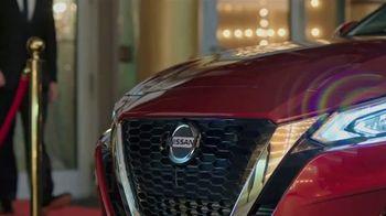 Nissan Altima TV Spot, '2019 Latin Grammy' con Juanes [Spanish] [T1] - Thumbnail 1