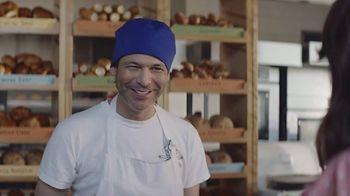 AT&T Wireless TV Spot, 'Los mejores pasteles: $35 dólares' [Spanish] - Thumbnail 3