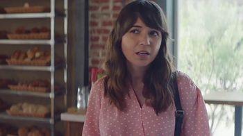 AT&T Wireless TV Spot, 'Los mejores pasteles: $35 dólares' [Spanish] - Thumbnail 6