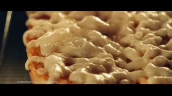 Subway Ultimate Cheesy Garlic Bread Collection TV Spot, 'The Gift That Keeps on Tasting' - Thumbnail 5