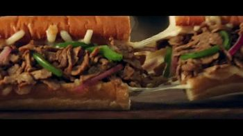 Subway Ultimate Cheesy Garlic Bread Collection TV Spot, 'The Gift That Keeps on Tasting' - Thumbnail 6