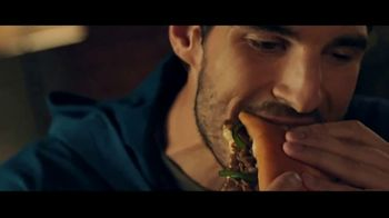 Subway Ultimate Cheesy Garlic Bread Collection TV Spot, 'The Gift That Keeps on Tasting' - Thumbnail 7