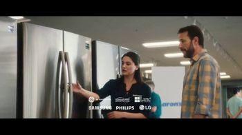 Aaron's TV Spot, 'Espiritu navideño' [Spanish] - Thumbnail 9