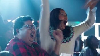 Old Navy TV Spot, 'Old Navy Tonight: You Get a Gift: 40 Percent Off' Featuring Neil Patrick Harris - Thumbnail 7