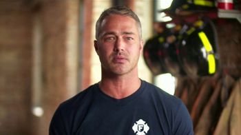 First Alert TV Spot, 'Fire Safety With Taylor Kinney' - Thumbnail 4
