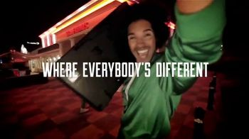 TGI Friday's $12 Endless Appetizers TV Spot, 'People of All Stripes' - Thumbnail 4