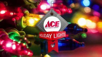 ACE Hardware TV Spot, 'Around the Block: Holiday Lights' - Thumbnail 8