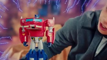 Transformers Bumblebee Cyberverse Adventures TV Spot, 'Covert and Conquer'