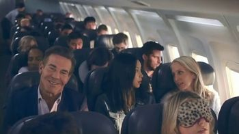 Esurance TV Spot, 'The Middle Seat' Featuring Dennis Quaid - Thumbnail 6