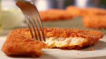 Popeyes Fish Sandwich TV Spot, 'Catch of the Season' - Thumbnail 2