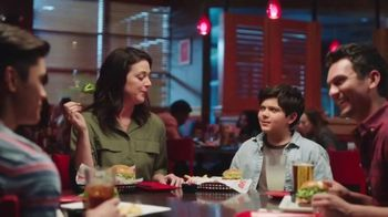 Red Robin TV Spot, 'Bottomless Fun with Your Fam' - Thumbnail 4