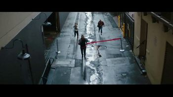 Cadillac TV Spot, 'Finish Line' Song by DJ Shadow Ft.. Run the Jewels [T2] - Thumbnail 5