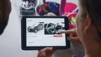 Vroom.com TV Spot, 'Two Kids and a Dog' - Thumbnail 6