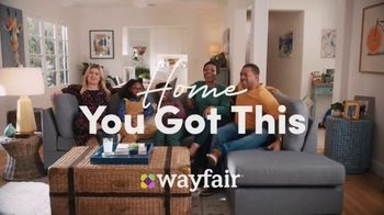 Wayfair TV Spot, 'Living Room Switch Up' Featuring Kelly Clarkson - Thumbnail 10
