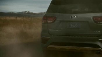Kia Presidents Day Sales Event TV Spot, 'Fast Forward With Available Advanced Technology' [T2] - Thumbnail 3