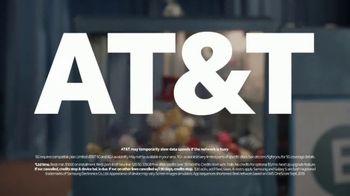 AT&T Wireless TV Spot, 'Bingo' Featuring Steve Harvey - Thumbnail 10