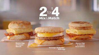 McDonald's 2 for $4 Mix & Match TV Spot, 'Wake Up Breakfast: Gas Station' - Thumbnail 8