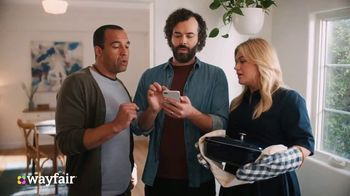 Wayfair TV Spot, 'Dysfunctional Kitchen' Featuring Kelly Clarkson - Thumbnail 8