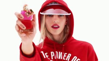 Juicy Couture Oui TV Spot, 'The Power of Oui: Gift Sets'
