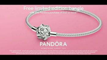 Pandora TV Spot, 'Holidays: Show Her That You Know Her: Bangle' - Thumbnail 10