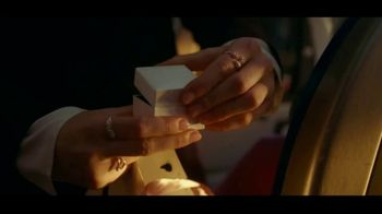Pandora TV Spot, 'Holidays: Show Her That You Know Her: Bangle' - Thumbnail 7