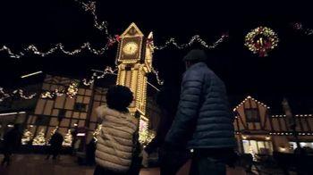 Busch Gardens Christmas Town TV Spot, 'Traditions Tree Maze and Finnegan's Flyer: $34.99' - Thumbnail 5