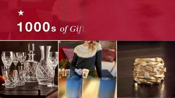 Macy's Time to Shop TV Spot, 'Holidays: Coats, Boots and Luggage'